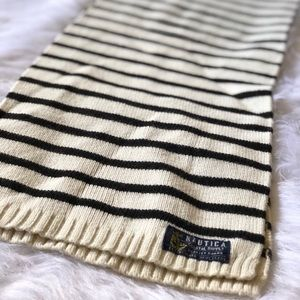 🏠MOVING SALE🏠Nautica Striped Knit Scarf 🧣62x9